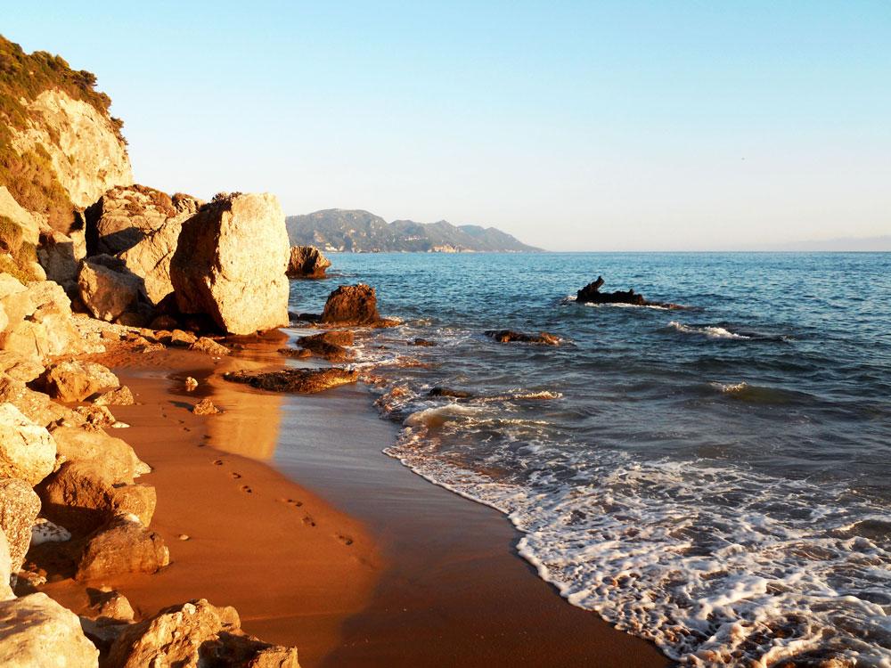 Μυρτιώτισσα παραλία Κέρκυρα