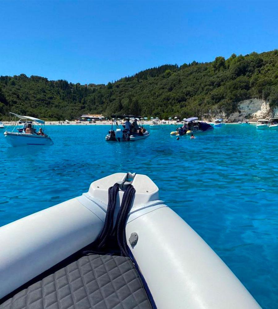 Anchor boat rentals Ιδιωτικές κρουαζιέρες σκάφος Παξούς
