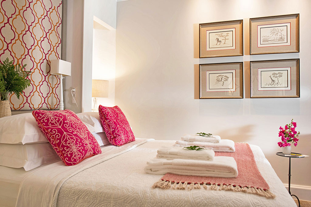 Liston-suites-Collas-suite--bedroom-mykerkyra.com