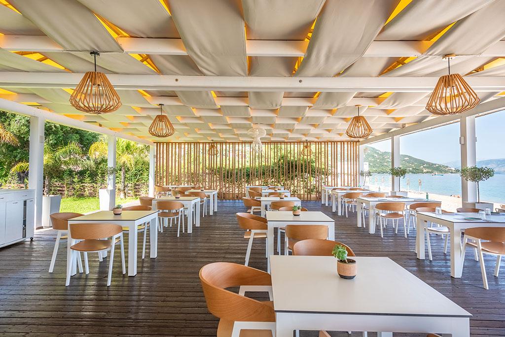 Restaurant Εστιατόριο Verde-Blu- Μπαρμπάτι Barbati mykerkyra.com-t-Beach-Bar-