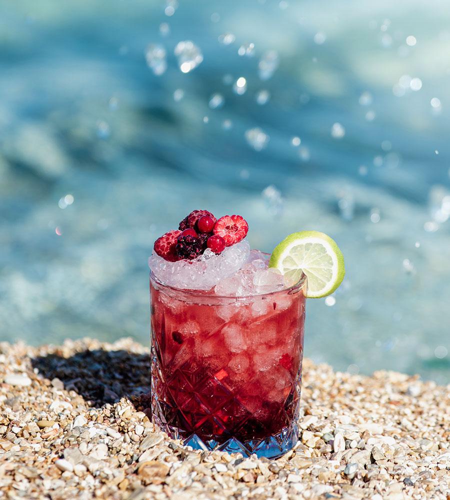 Beach Bar Cocktail Verde-Blu- Μπαρμπάτι Barbati mykerkyra.com